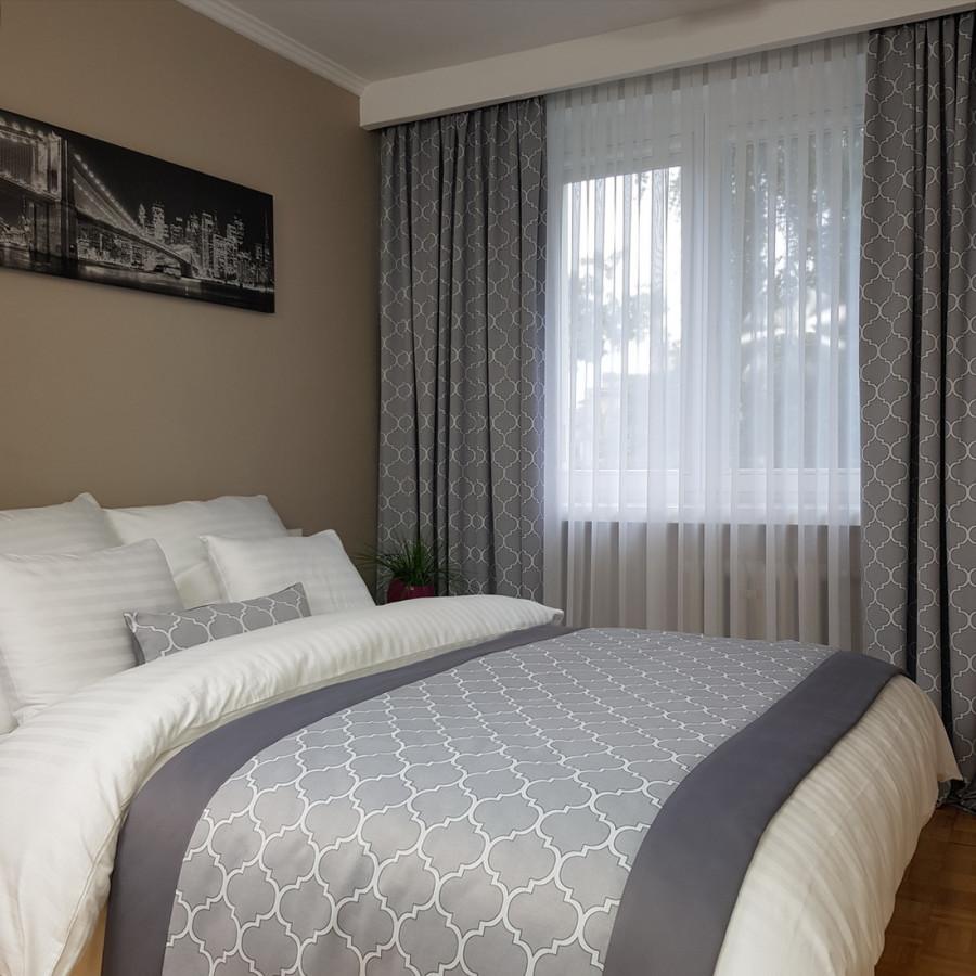 1. SkyRoom32. Pokój wzorcowy w hotelu SKY001